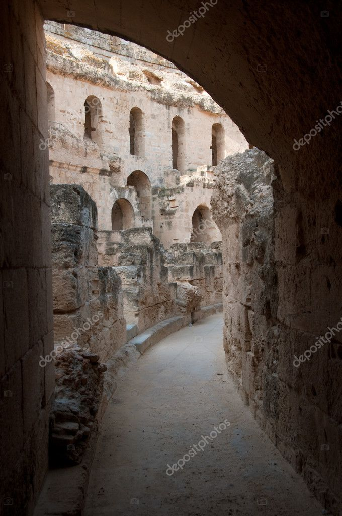 Tunisian Colosseum - dilapidated arches - 1st floor  Stock Photo #2946517