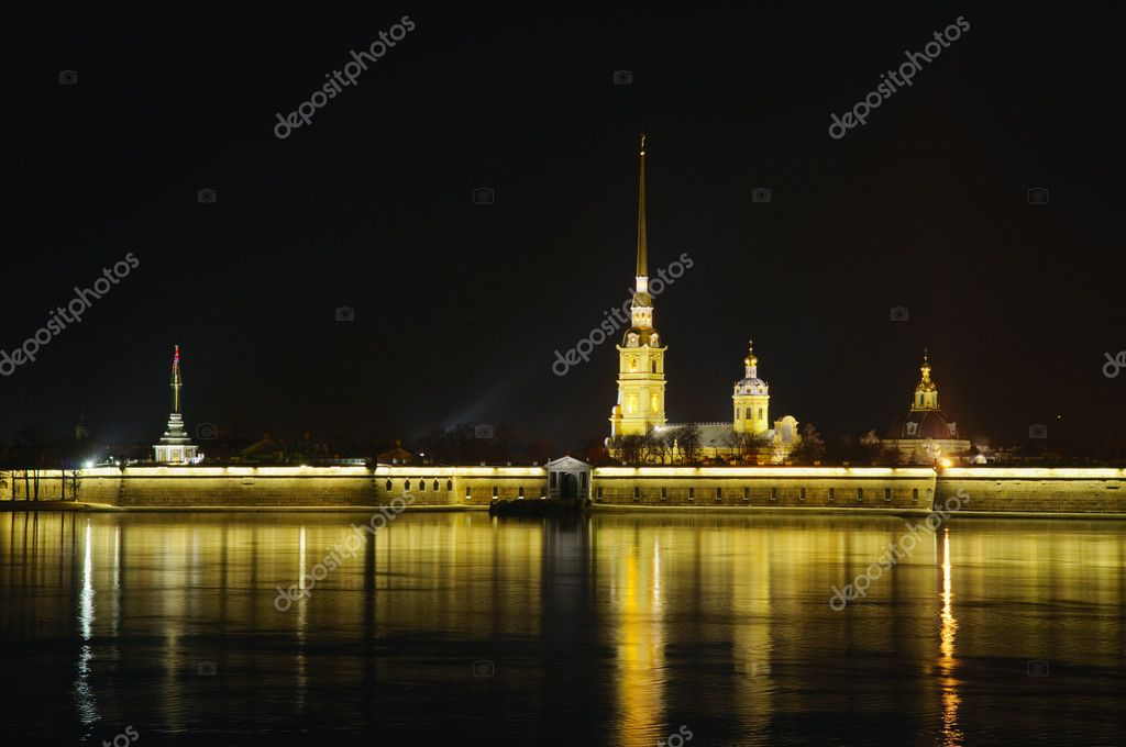 Saint Petersburg, Russia, night view of Peter and Paul Fortress — Stock Photo #2953182