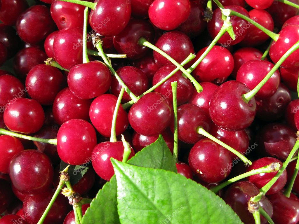 Wonderful red cherries background — Stock Photo #3418489