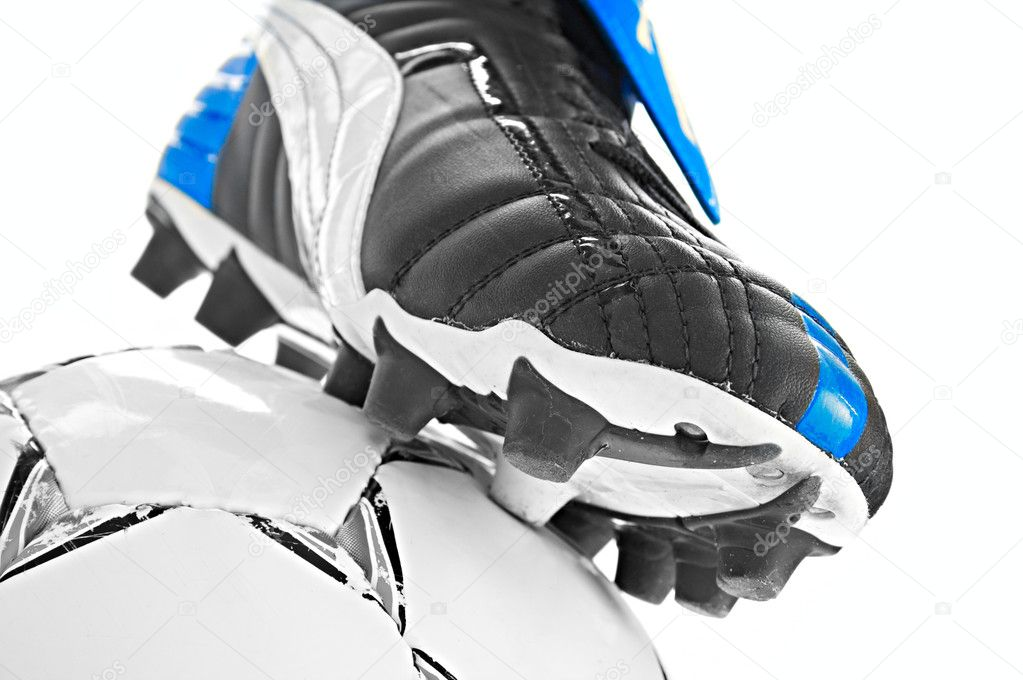 Soccer footwear and ball isolated on white background — Stock Photo #3144862
