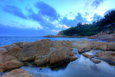 Tramonto tempo sulla costa, in cheung chau, ho — Foto Stock