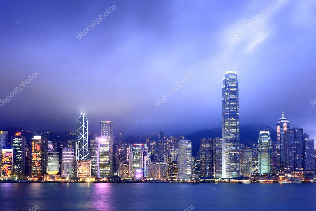 Hong Kong skyline at night — Stock Photo #2784986