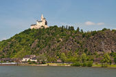 Marksburg in famous rhine valley — Stock Photo