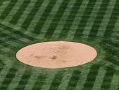 бейсбол отдых на курган — Стоковое фото