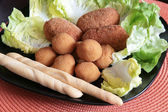 Mixed plate of fried appetizers — Stock Photo