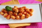 Tomaten saus gnocchi — Stockfoto