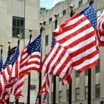 une rangée de drapeaux américains — Photo