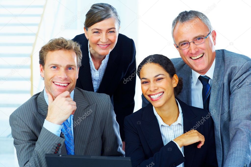 Portrait of a business team - Business team at a meeting in a light and modern office environment. — Stock Photo #3220398