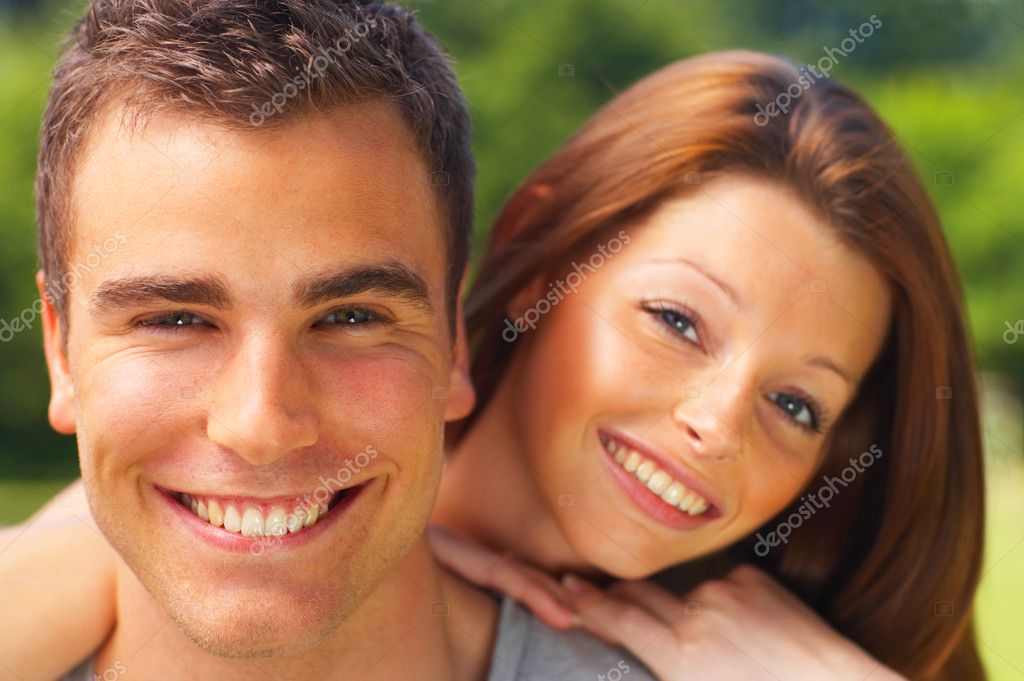 An attractive couple caught in a moment  Foto Stock #3221671
