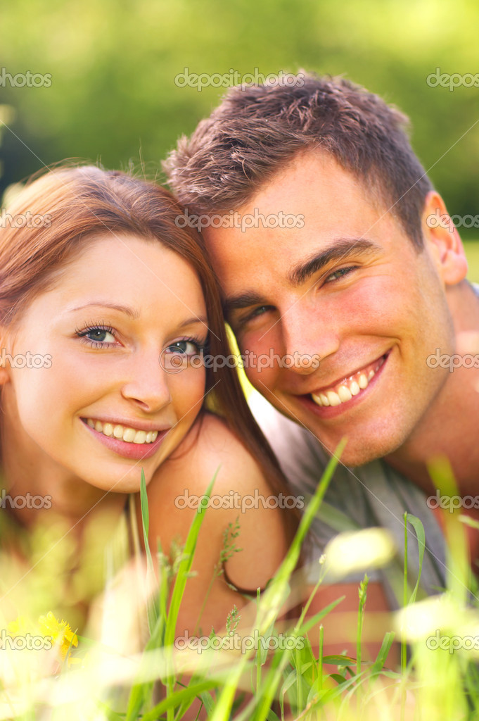 An attractive couple caught in a moment — Stock Photo #3221692