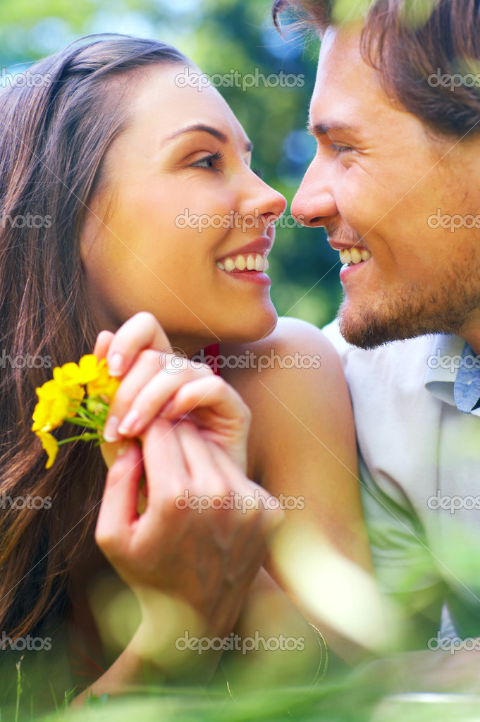 An attractive couple caught in a moment — Stock Photo #3227640