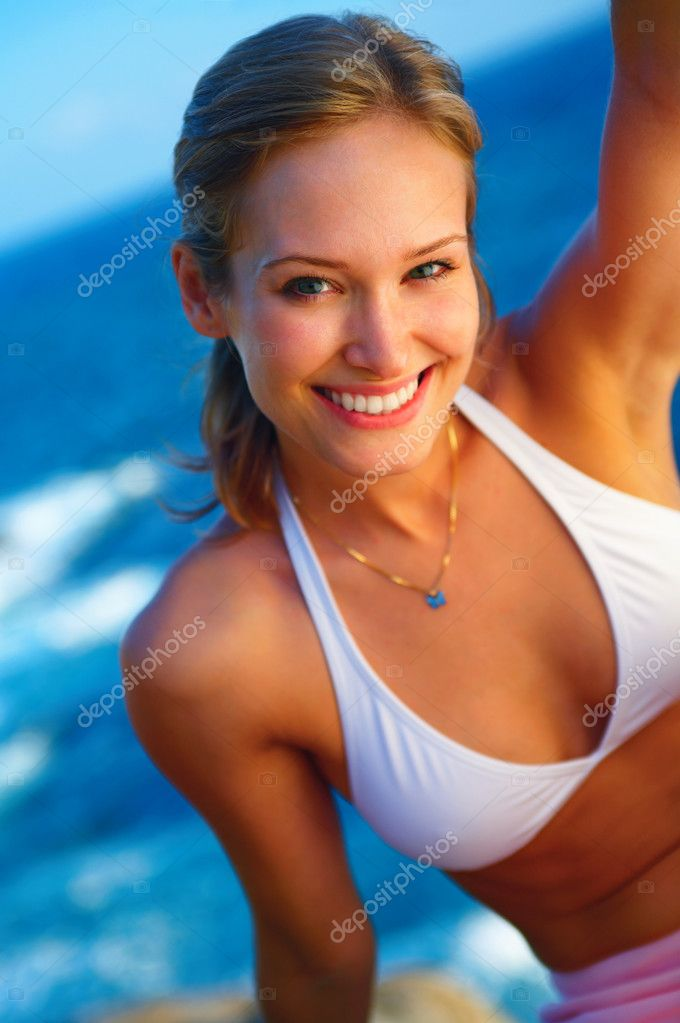 Fashion shot of beautiful woman on the beach in Hawaii  Stock Photo #3229872