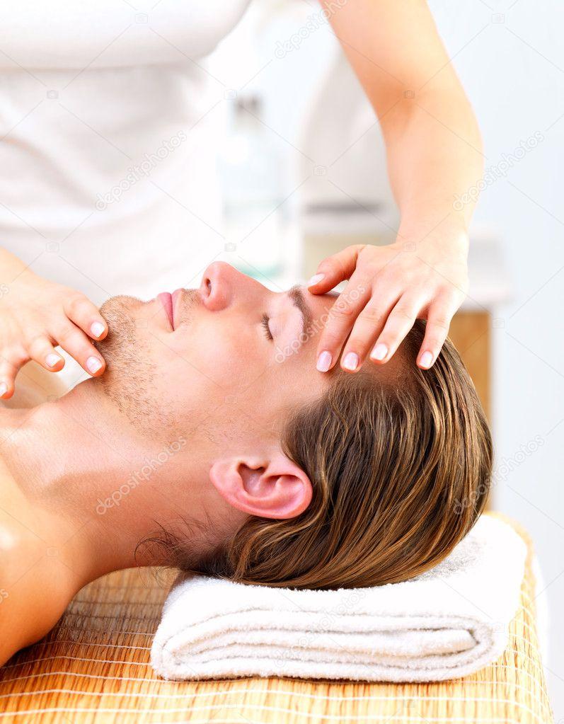 depositphotos_3233136-Woman-giving-happy-man-face-massage.jpg