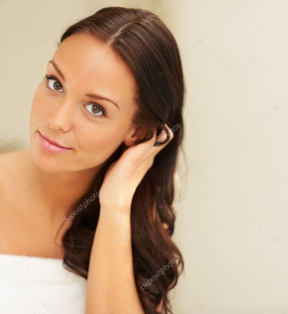 Closeup portrait of fresh and beautiful woman air drying her hair — Stok fotoğraf #3299628