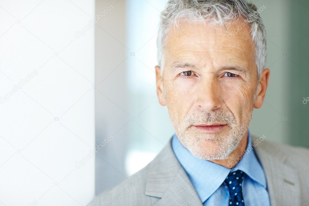 Closeup portrait of a confident mature business man - Copyspace — Stock Photo #3369251