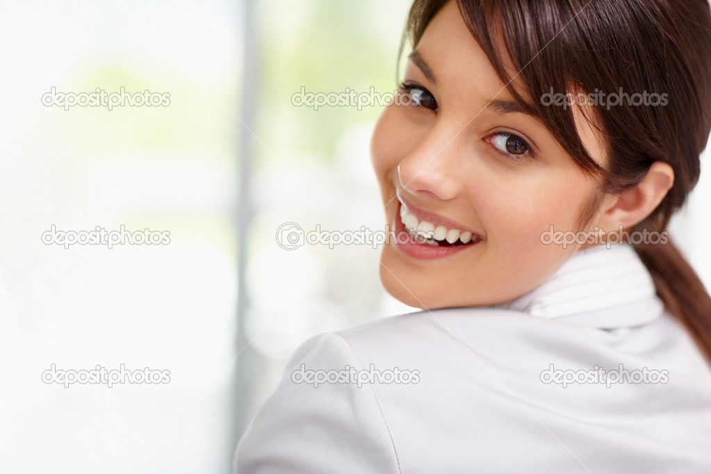 Closeup portrait of pretty young business woman smiling — Stock Photo #3409410
