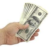 Hand houdt de honderd-dollarbiljetten — Stok fotoğraf