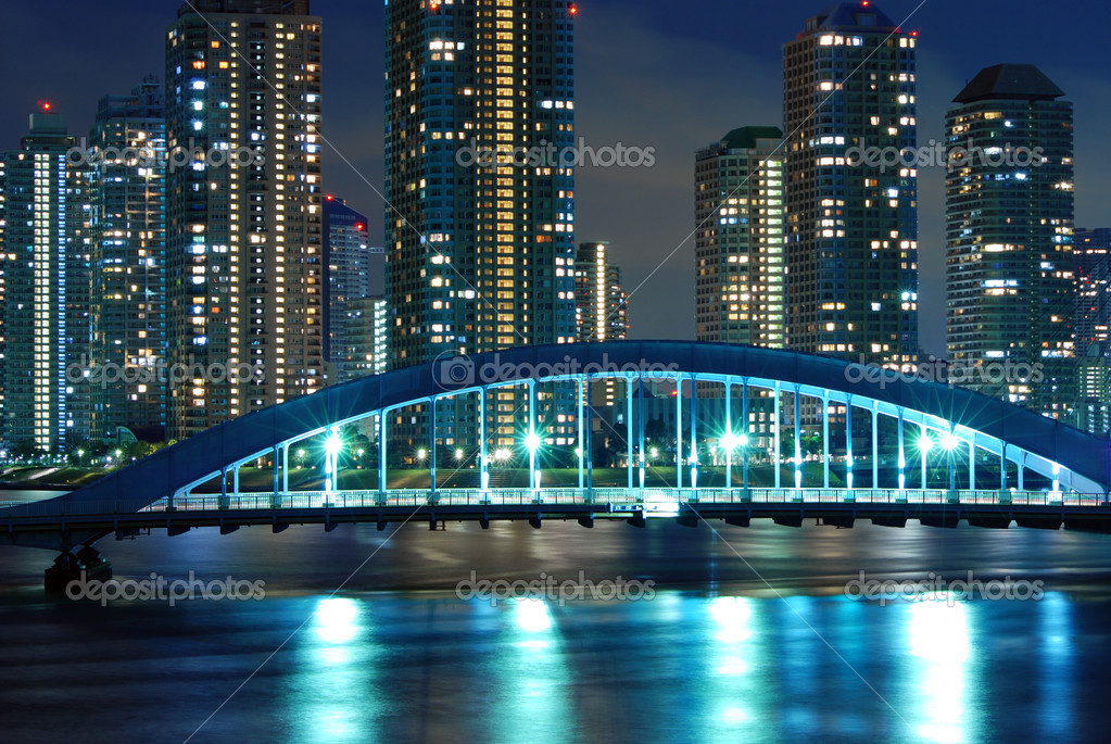 Scenic Eitai bridge over Sumida river at night time, Tokyo Japan — Stok fotoğraf #3193872