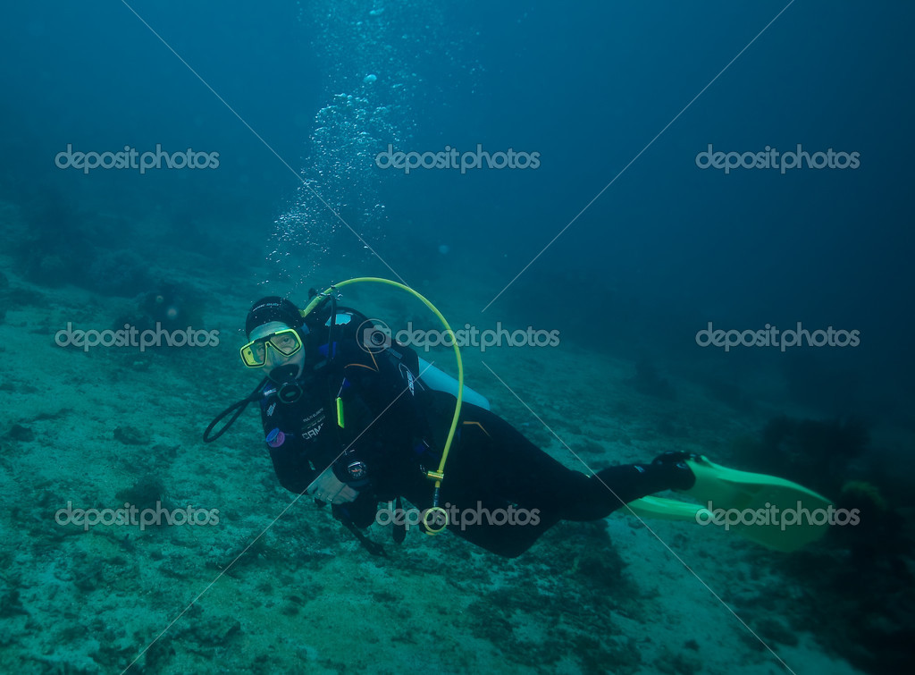 Elke in the deep of the sea — Stock Photo #2749412