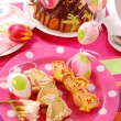Easter table with cookies and ring cake — Stock Photo