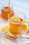 Tea with lemon and honey — Stock Photo