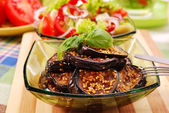 Grilled aubergine with sesame — 图库照片