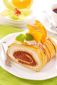 Chocolate-creamy roulade — Stock Photo