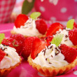 Strawberry mini tartlets — Stock Photo #2787855