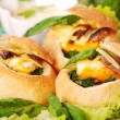 Baked buns filled spinach and egg — 图库照片