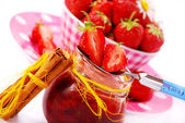 Home made strawberry confiture — Stock Photo