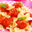 Ribbon pasta with meat balls — Stock Photo #2843405