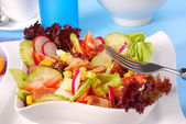 Fresh salad with seafood and vegetables — Stock Photo
