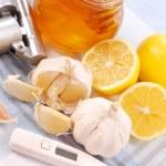 Honey,garlic and lemon — Stock Photo #2852996