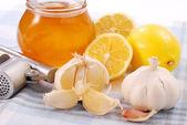 Honing, knoflook en citroen — Stockfoto