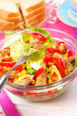 Fresh salad with meat and vegetables — Stock Photo