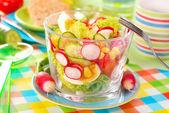 Lente groenten salade — Stockfoto