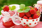 Strawberry preserves — Stock Photo