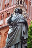 Nicolaus Copernicus monument in Torun — Stock Photo