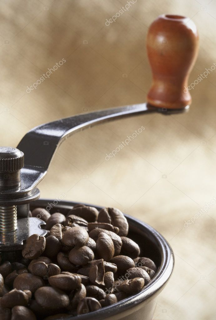 Close-up of an old-fashioned coffee grinder — Stock Photo #2744656