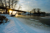 Sunrise over the winter river — Stock Photo