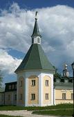 ロシアで古代の人の修道院. — ストック写真