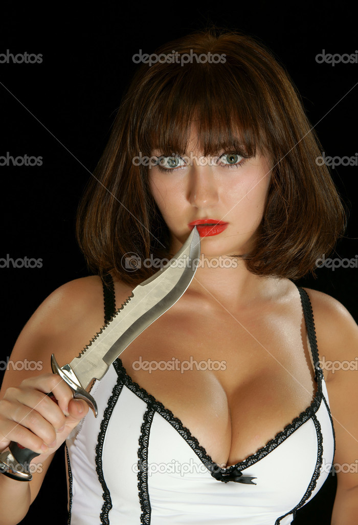 The young girl with a dagger — Stock Photo #3571415