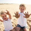 enfants de la plage de sable fin — Photo