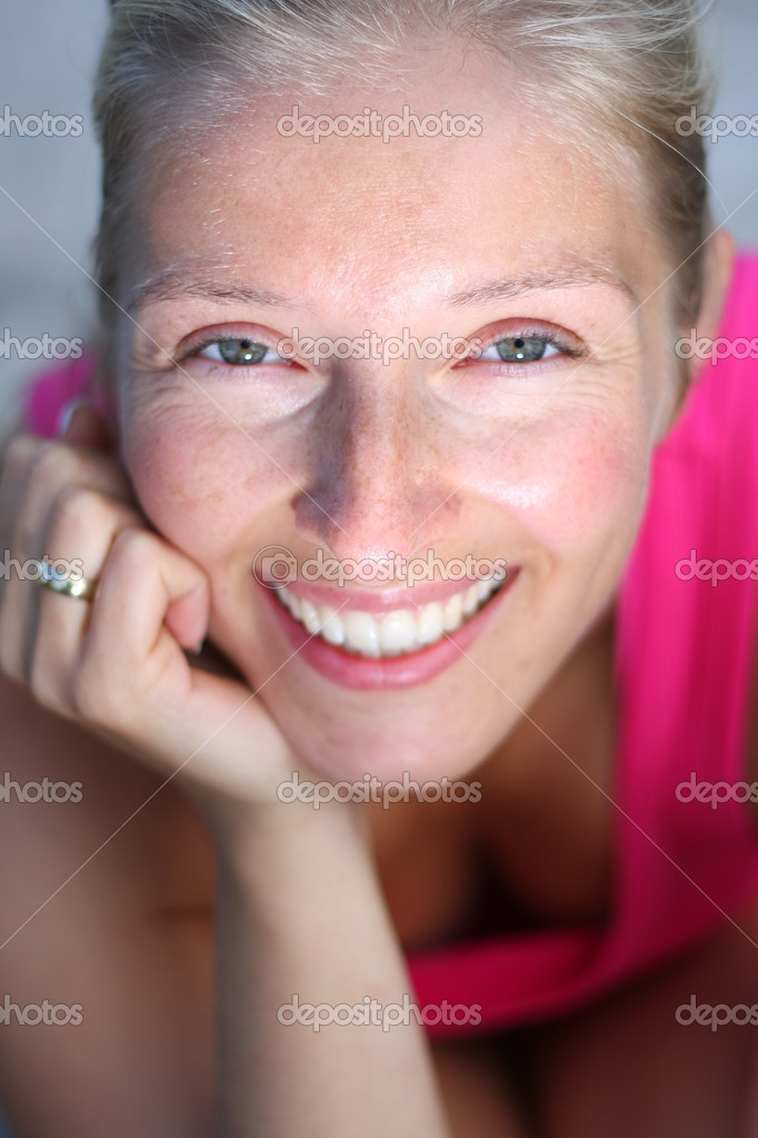 Caucasian blonde woman portrait with french fingernails and wedding ring — Stock Photo #2811644