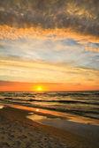 Beautiful sunset at sea — Stock Photo