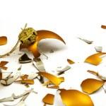 Broken golden ball — Stock Photo