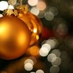 Vánoční přání Zlatý míč — Stock fotografie