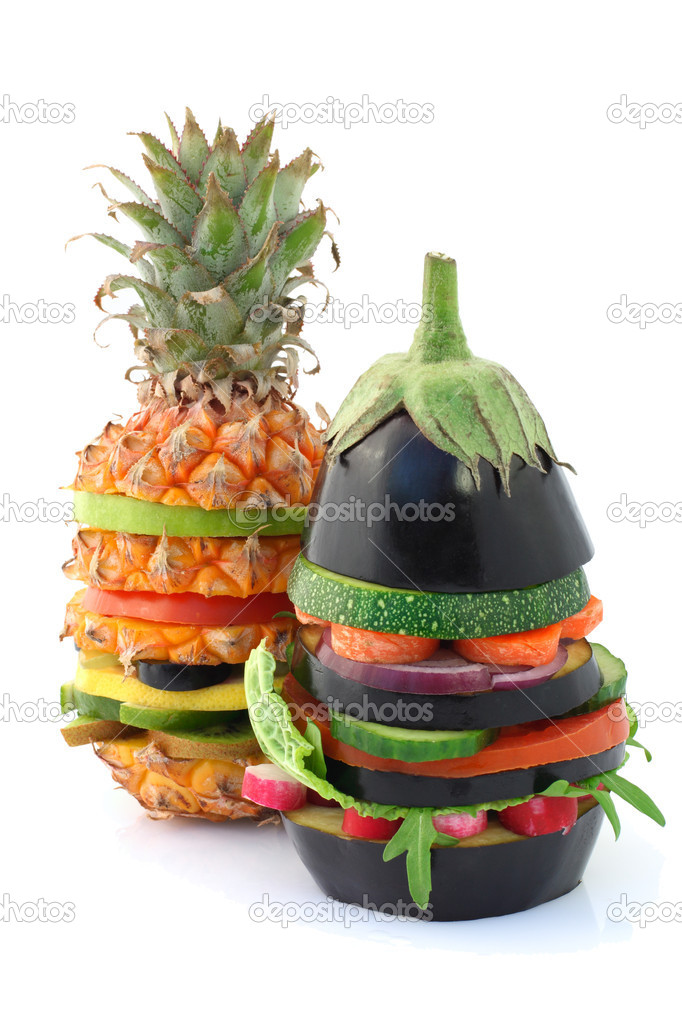 Fresh and ripe vegetarian burgers over white — Stock Photo #2902006