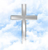 Christian cross in blue skies — Stock Photo