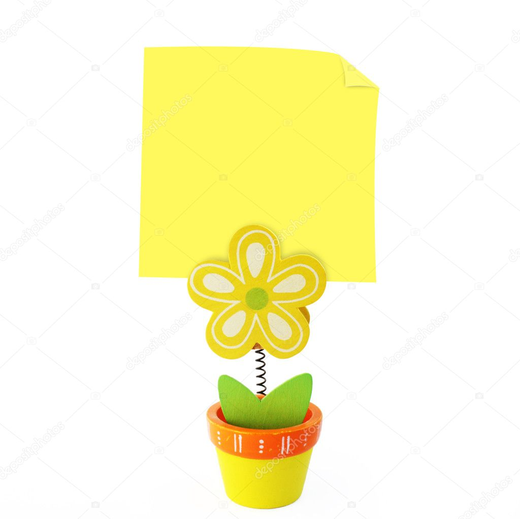 Wood craft color flower note holder with empty yellow stick note for wishes, messages and reminders — Foto Stock #2878614